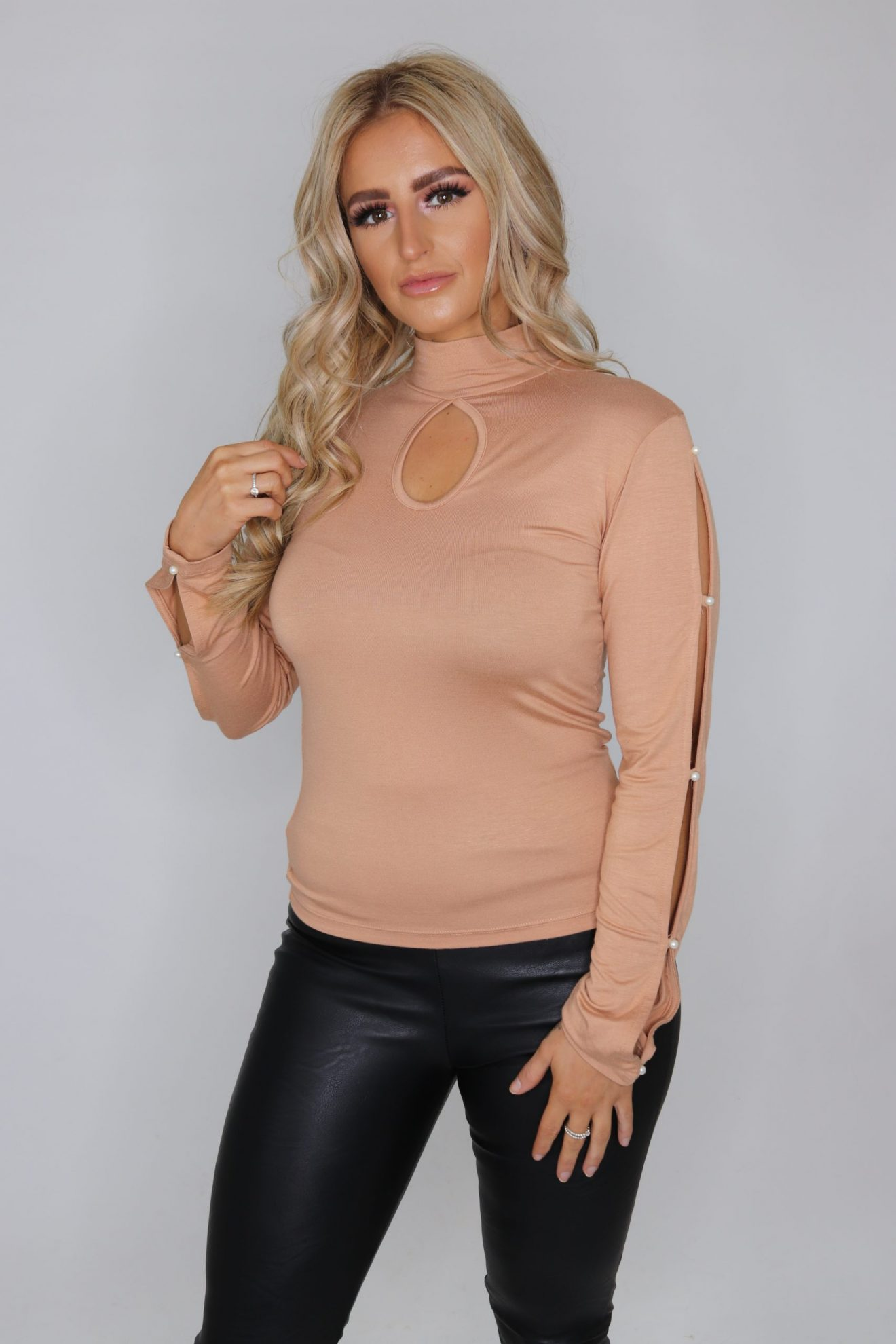 Eloise Nude Pearl Top - Miss Behave Boutique